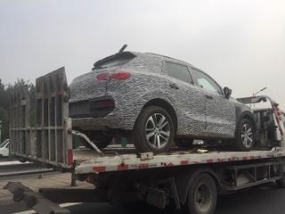 宝沃BX5 1.4T车型谍照曝光 8月25日上市